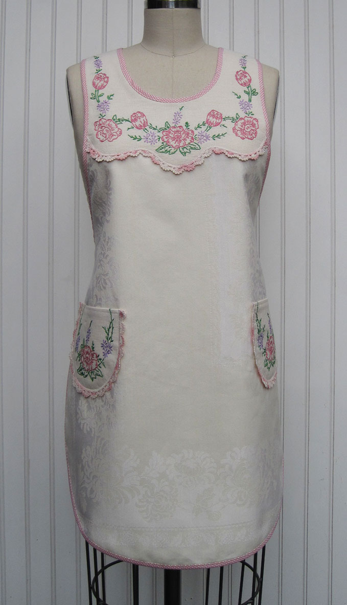 1920s-Damask-Antimacassar-Apron-front