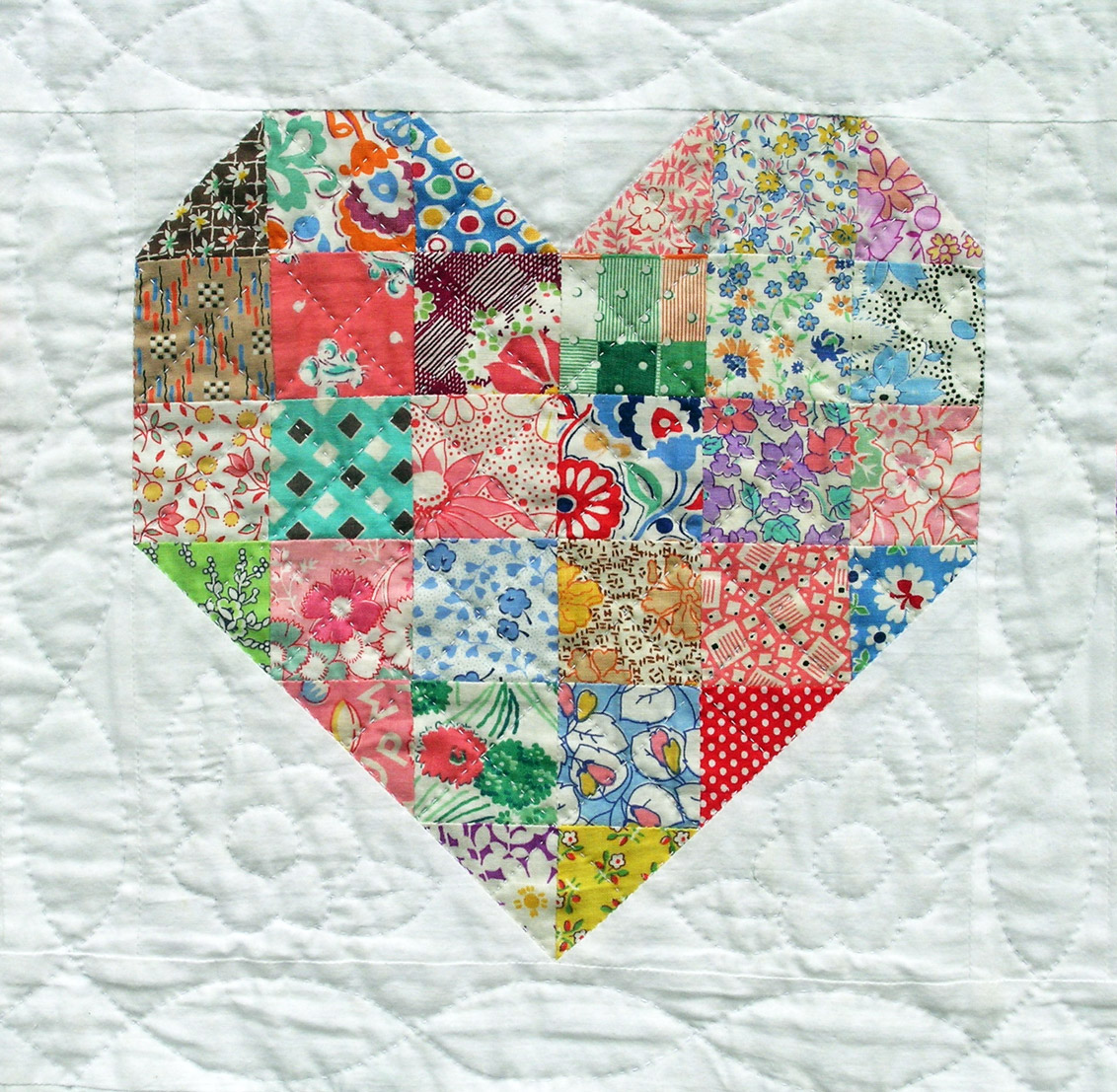 Hand Quilting Heart Patterns : Emily s Heart Quilt Q is for Quilter