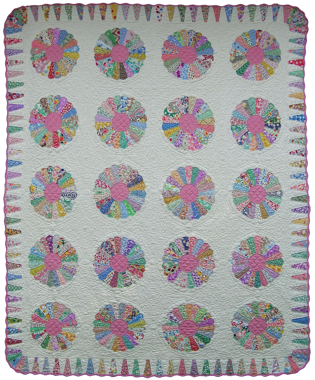Dresden Plate Quilt – Q is for Quilter