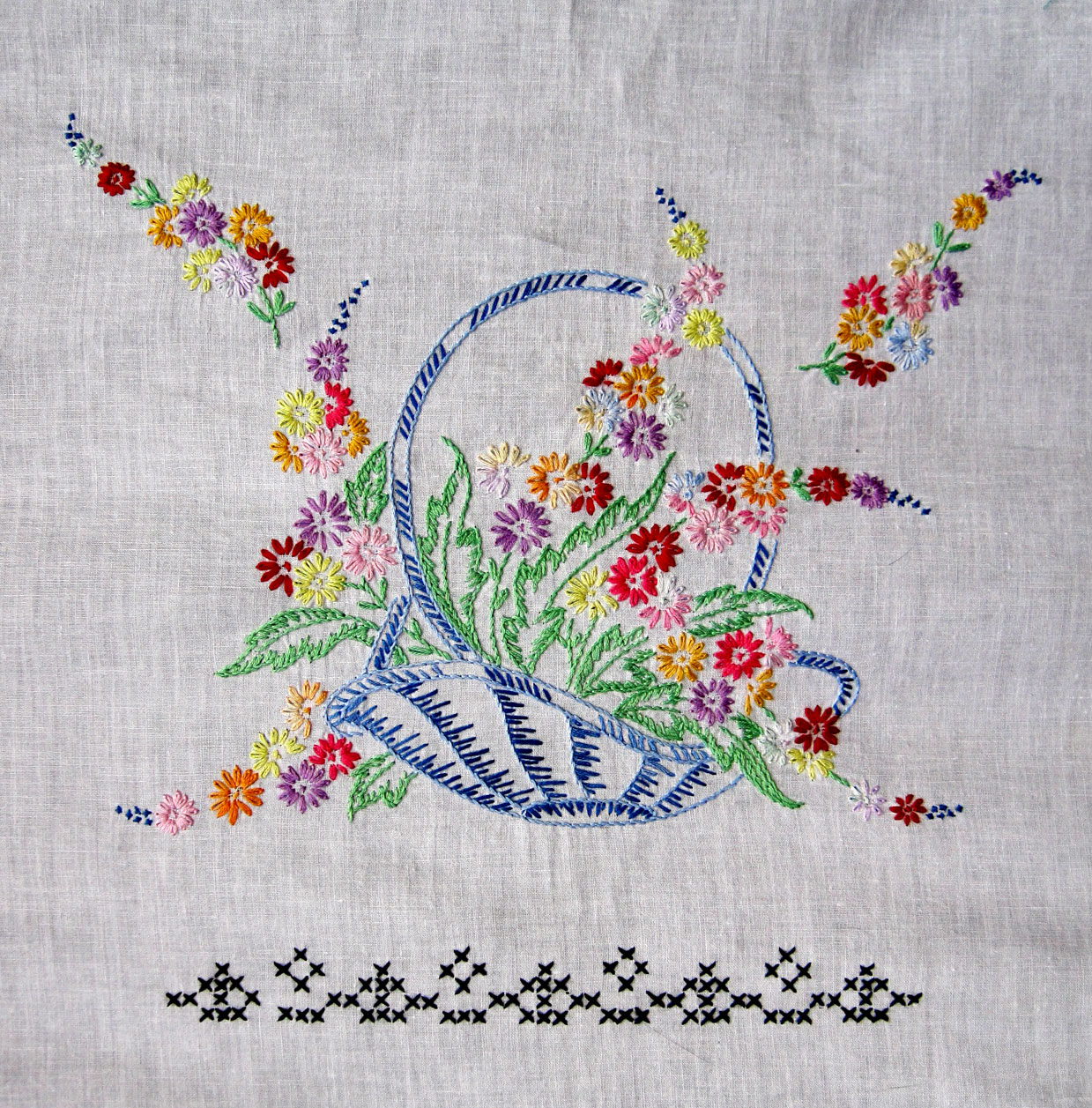 Embroidery was an important art in the Medieval Islamic world. The 17th-century Turkish traveler Evliya Çelebi called it the