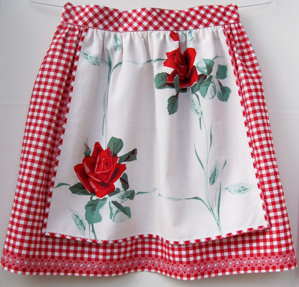 vintage-inspired-aprons-11a