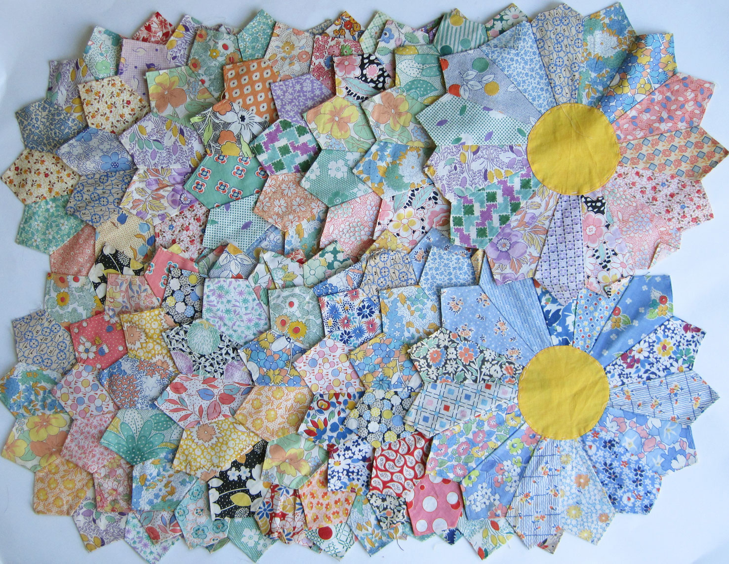 Laura Wheeler Flower Of Autumn Quilt Pattern Q Is For Quilter
