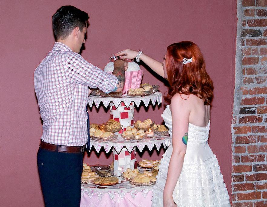 wedding-cookie-table-4