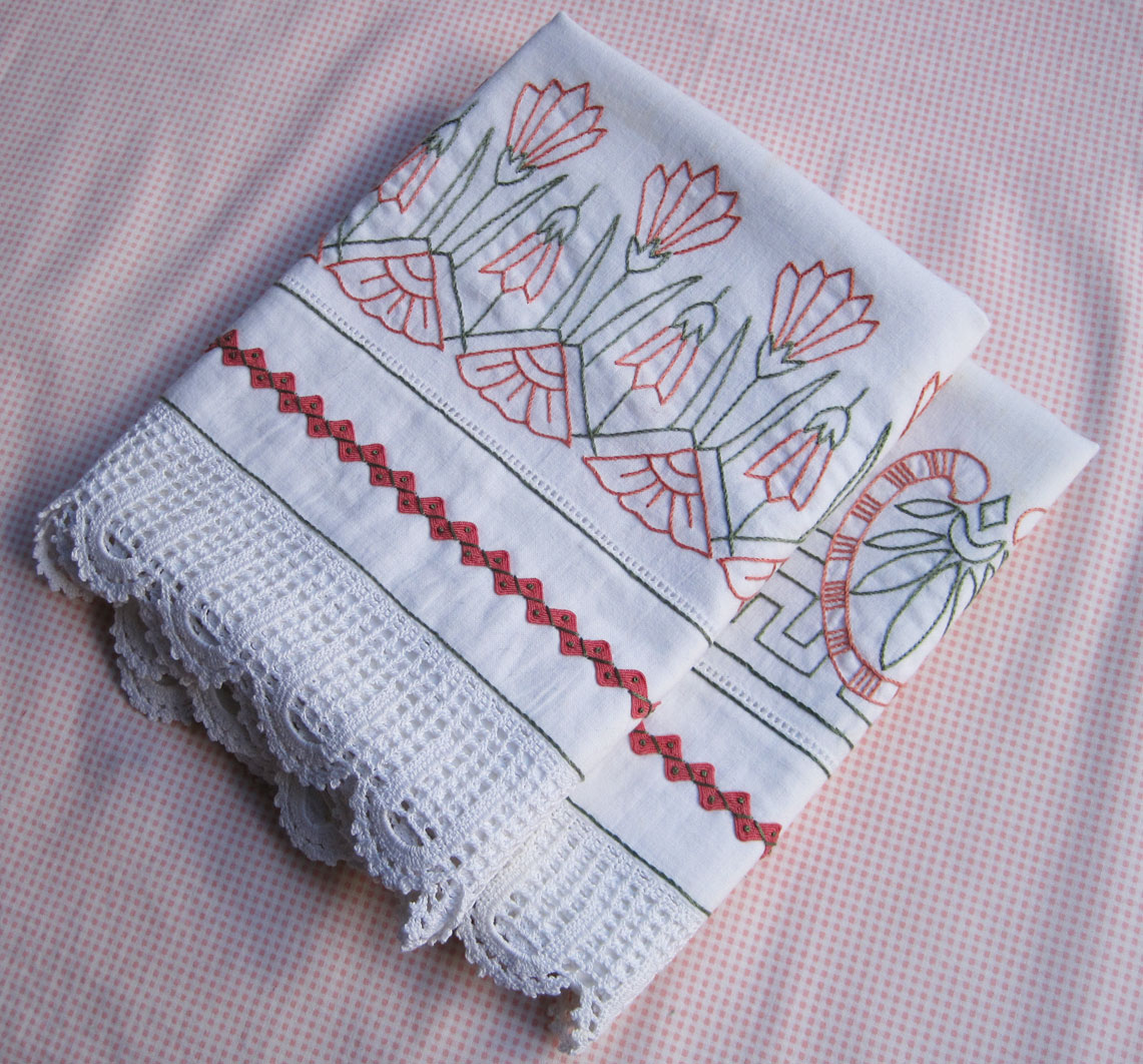 PILLOW CASES EMBROIDERY EMBROIDERY DESIGNS