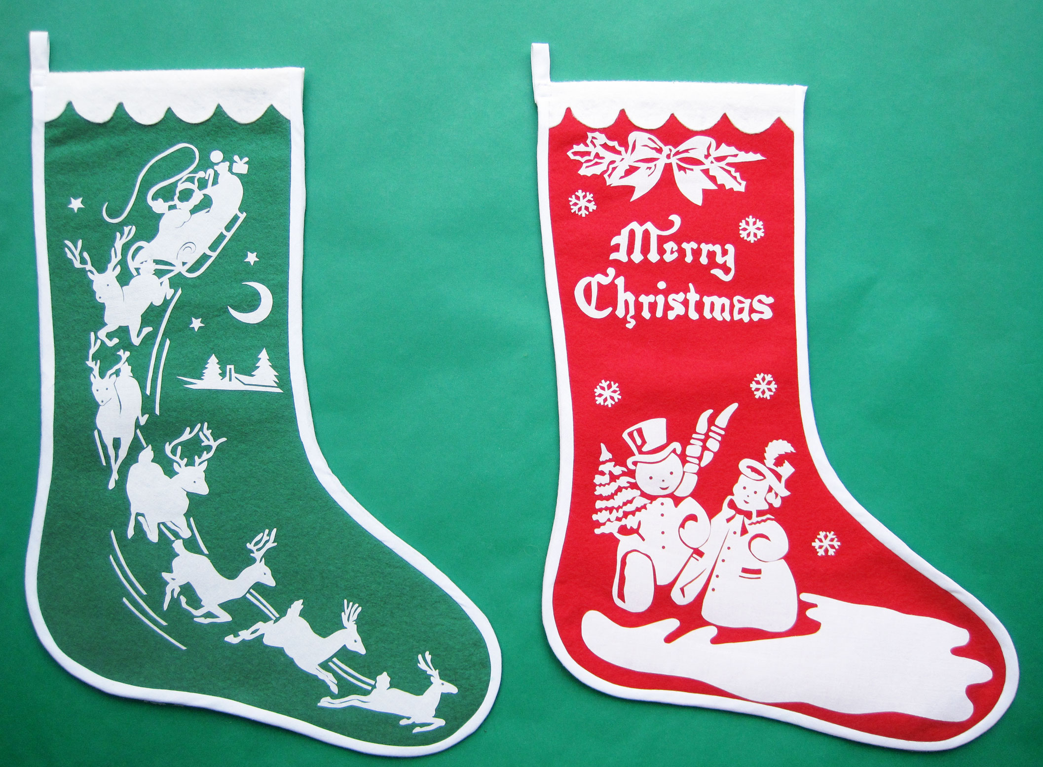 stenciled-Christmas-stockings---done