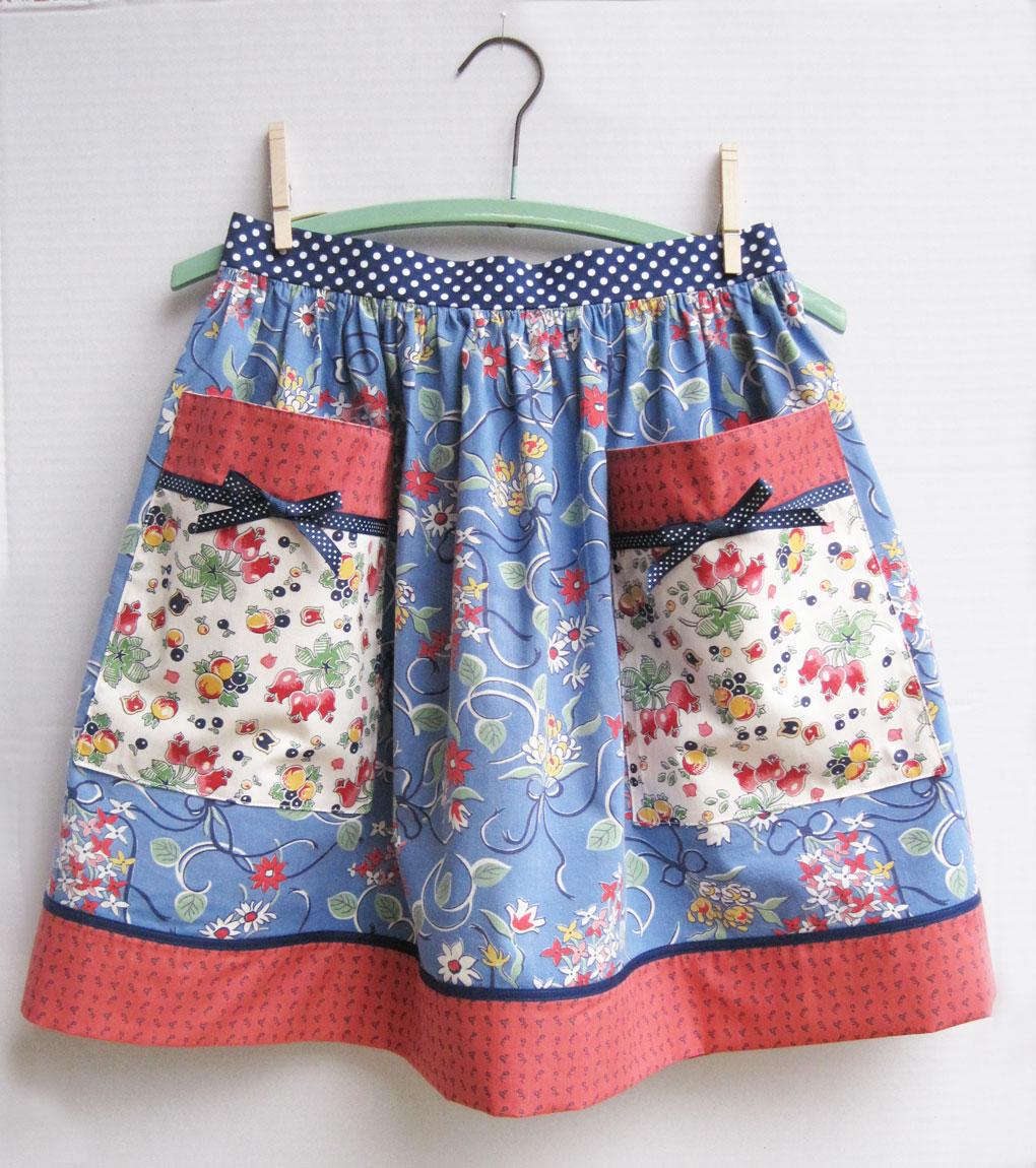 vintage pinafore apron jpg 422x640
