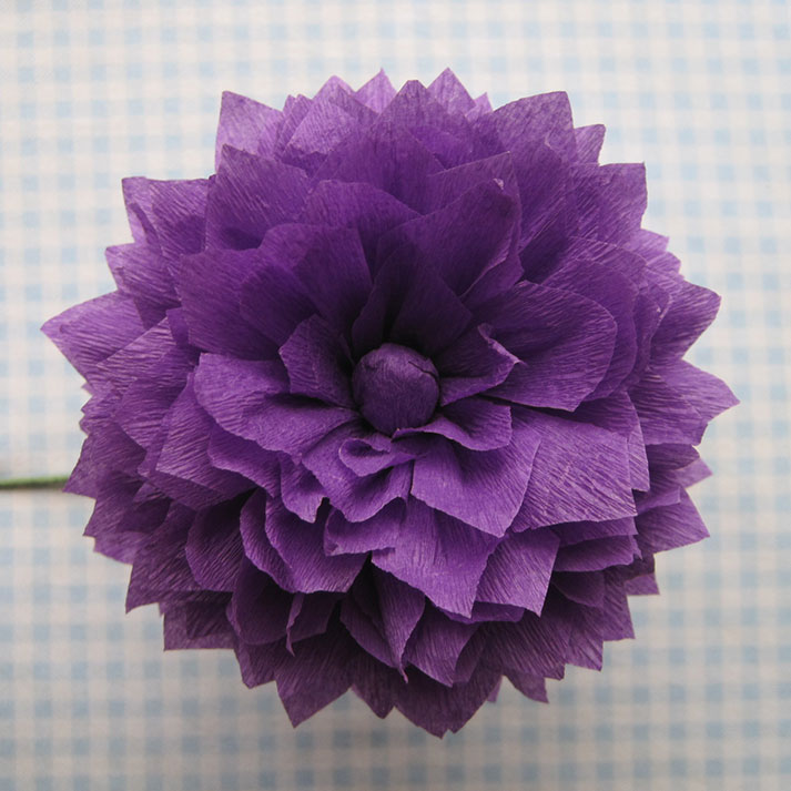 Crepe paper flowers using streamers and a ruffler foot tutorial daisy mightylinksfo