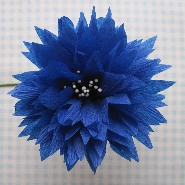 Crepe paper flowers q is for quilter crepe paper flowers using streamers and a ruffler foot tutorial part 2 mightylinksfo