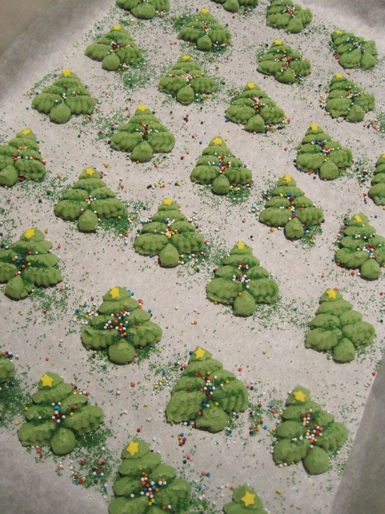 spritz-tree-cookies