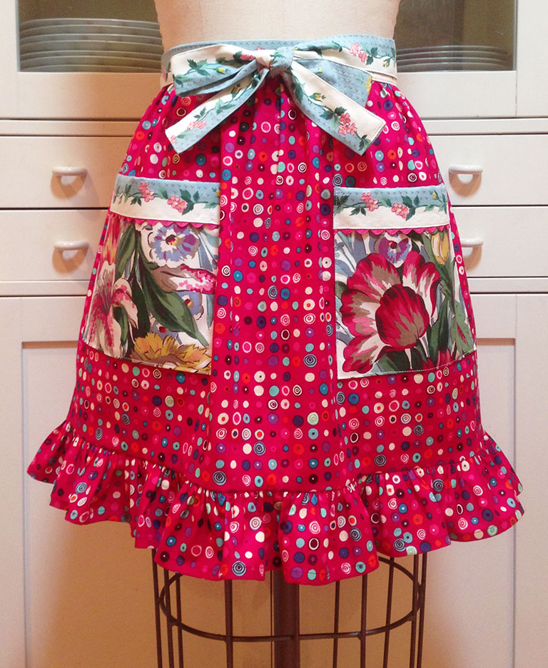 April-Apron-Giveaway-3