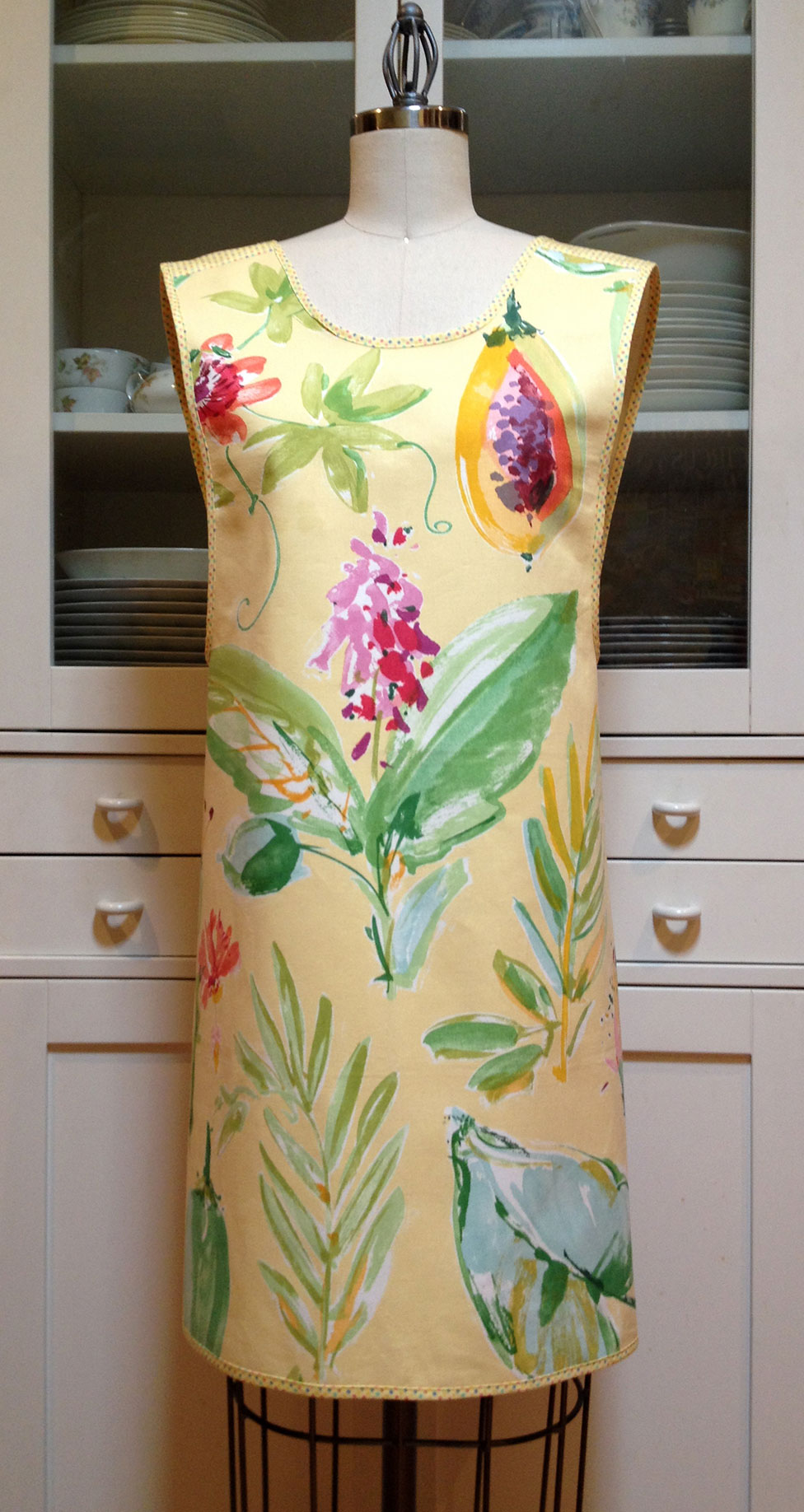 August-Apron-Giveaway-1