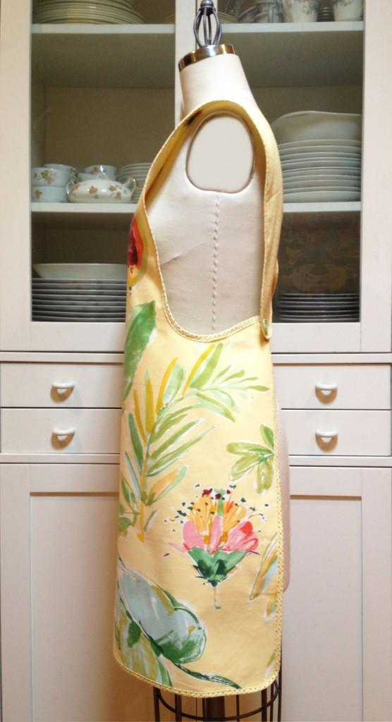 August-Apron-Giveaway-2