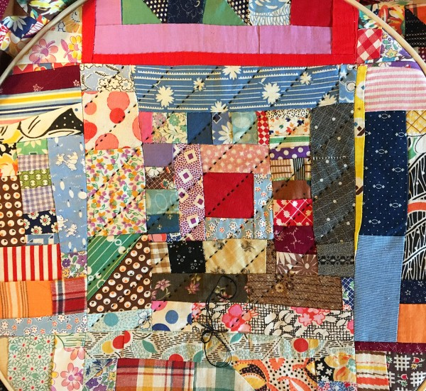 Crazy-Courthouse-Steps-Vintage-Quilt-Top-Redo-quilting-detail