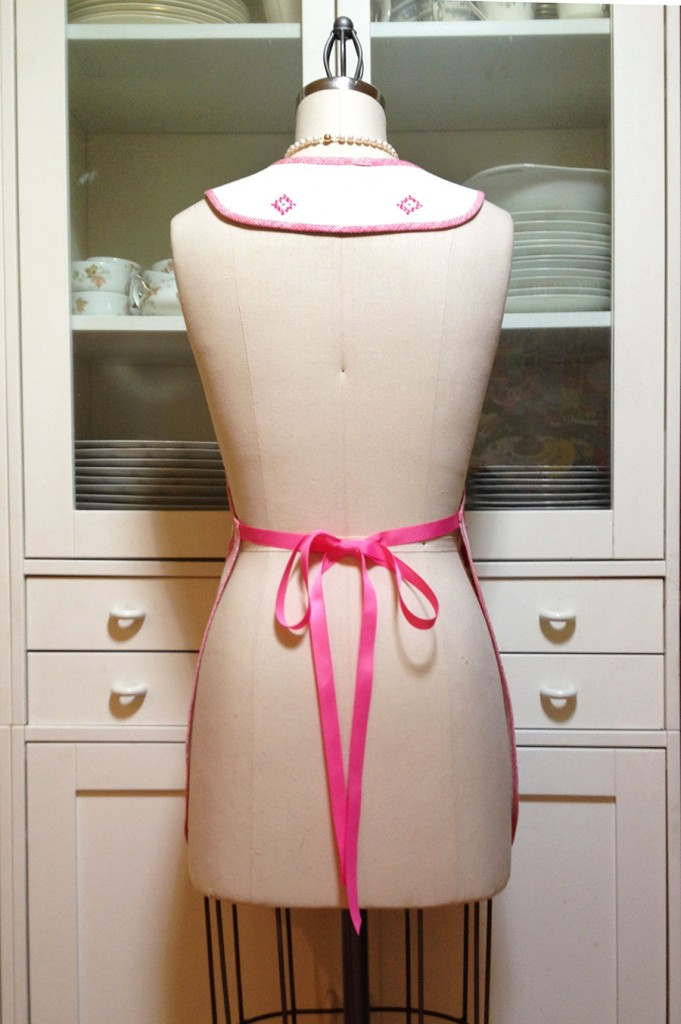 Embroidered-Pink-Apron-back-view