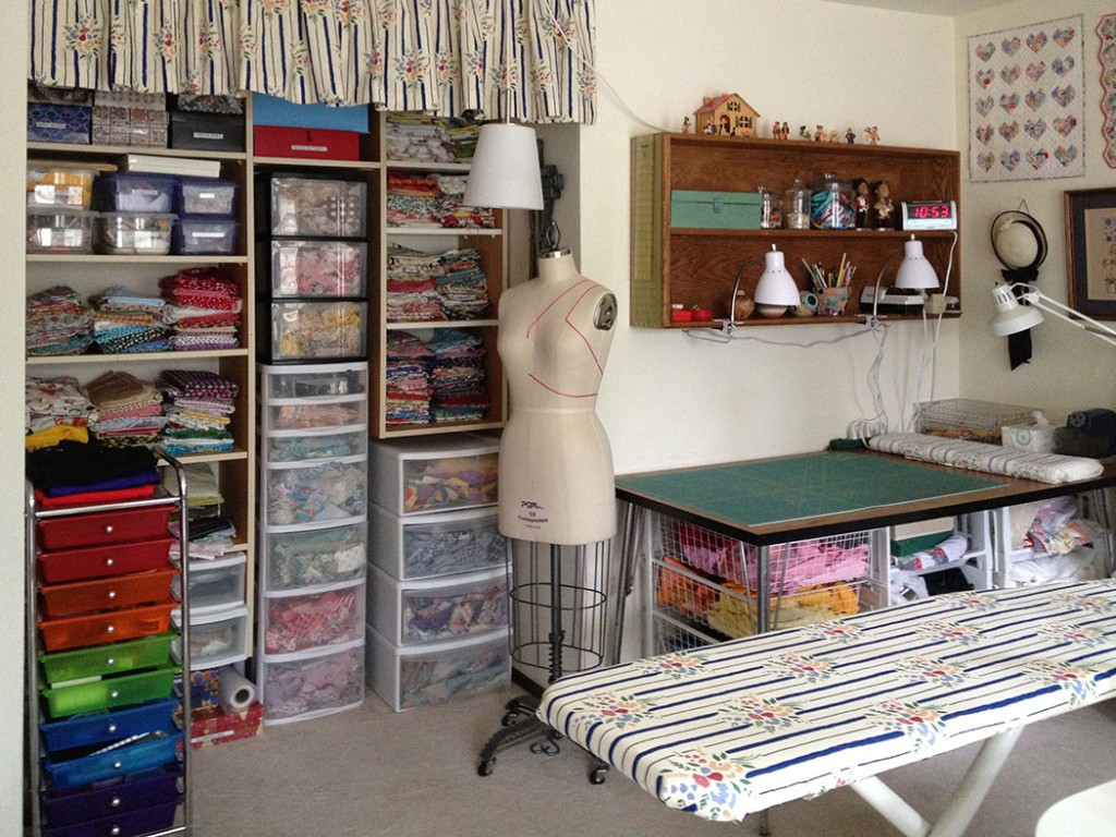 Sewing Room Designs: Sewing Room Makeover