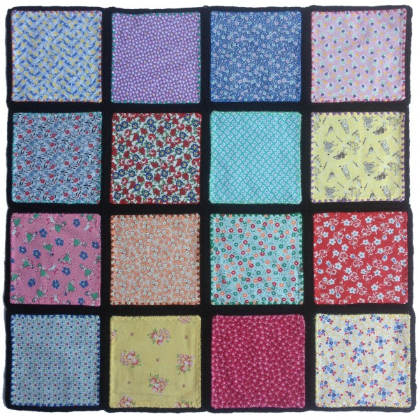 denim-applique-quilt-16-blocks-back