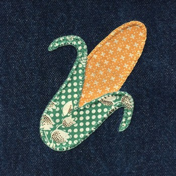 denim-applique-quilt-corn