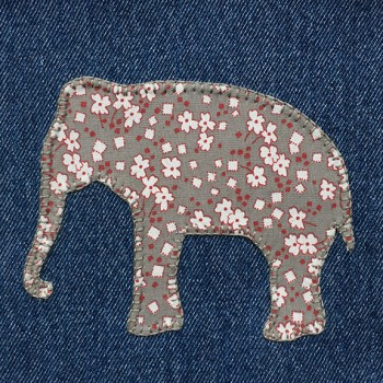 denim-applique-quilt-elephant
