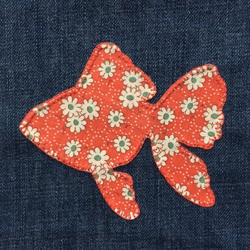 denim-applique-quilt-goldfish