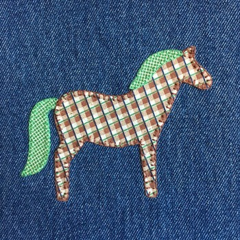 denim-applique-quilt-horse