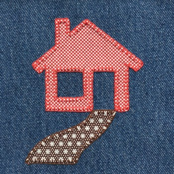 denim-applique-quilt-house
