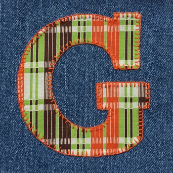 denim-applique-quilt-letter-G