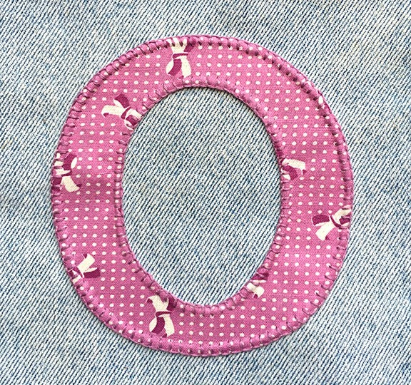 denim-applique-quilt-letter-O