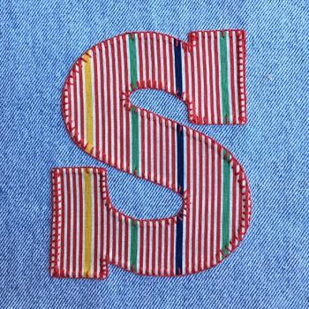 denim-applique-quilt-letter-S