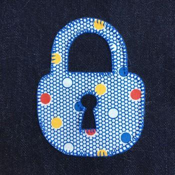 denim-applique-quilt-lock