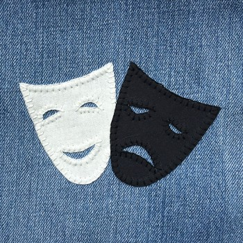 denim-applique-quilt-masks