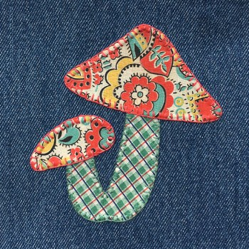 denim-applique-quilt-mushrooms