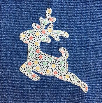 denim-applique-quilt-reindeer