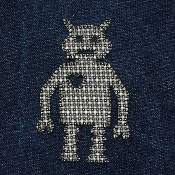 denim-applique-quilt-robot