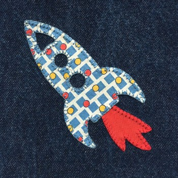 denim-applique-quilt-rocket