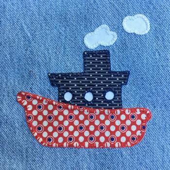 denim-applique-quilt-tugboat