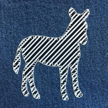 denim-applique-quilt-zebra