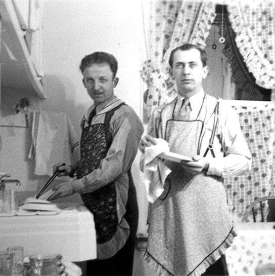 men-in-aprons